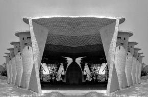 Construcción Envolventes de Ladrillo Visto para la Iglesia de la Atlántida 1960 Uruguay